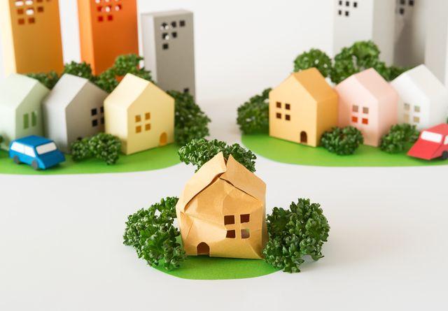 老朽化アパートを建て替えたい!基準となる年数や費用を基礎から解説