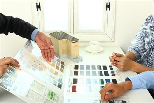 屋根塗装の必要性やタイミングの目安をご紹介