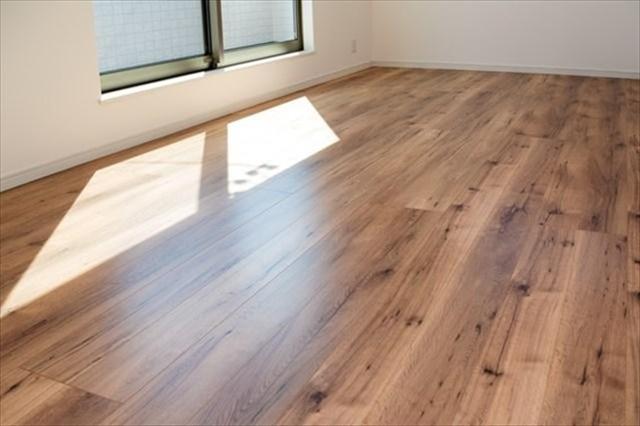 畳をフローリングにリフォーム!床材の種類別に特徴や注意点もまとめました